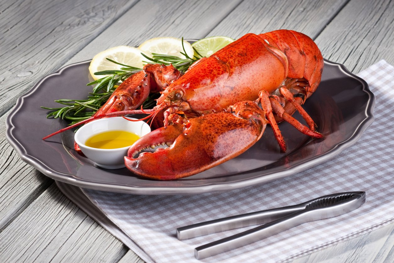 Treat Yourself to a Lobster Dinner from Restaurants Near Redmond