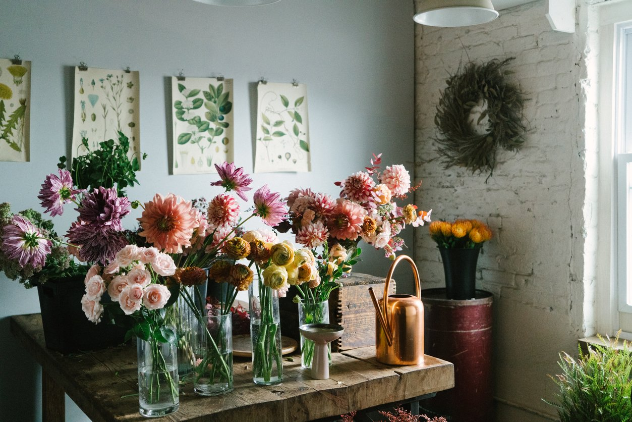 Add a Pop of Color to Your Home with Fresh Flowers from Redmond Area Florists